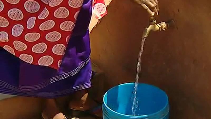 EnTanzania sólo el 30% de la población tiene agua potable