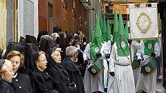 El sol se alía con las procesiones del Sábado Santo