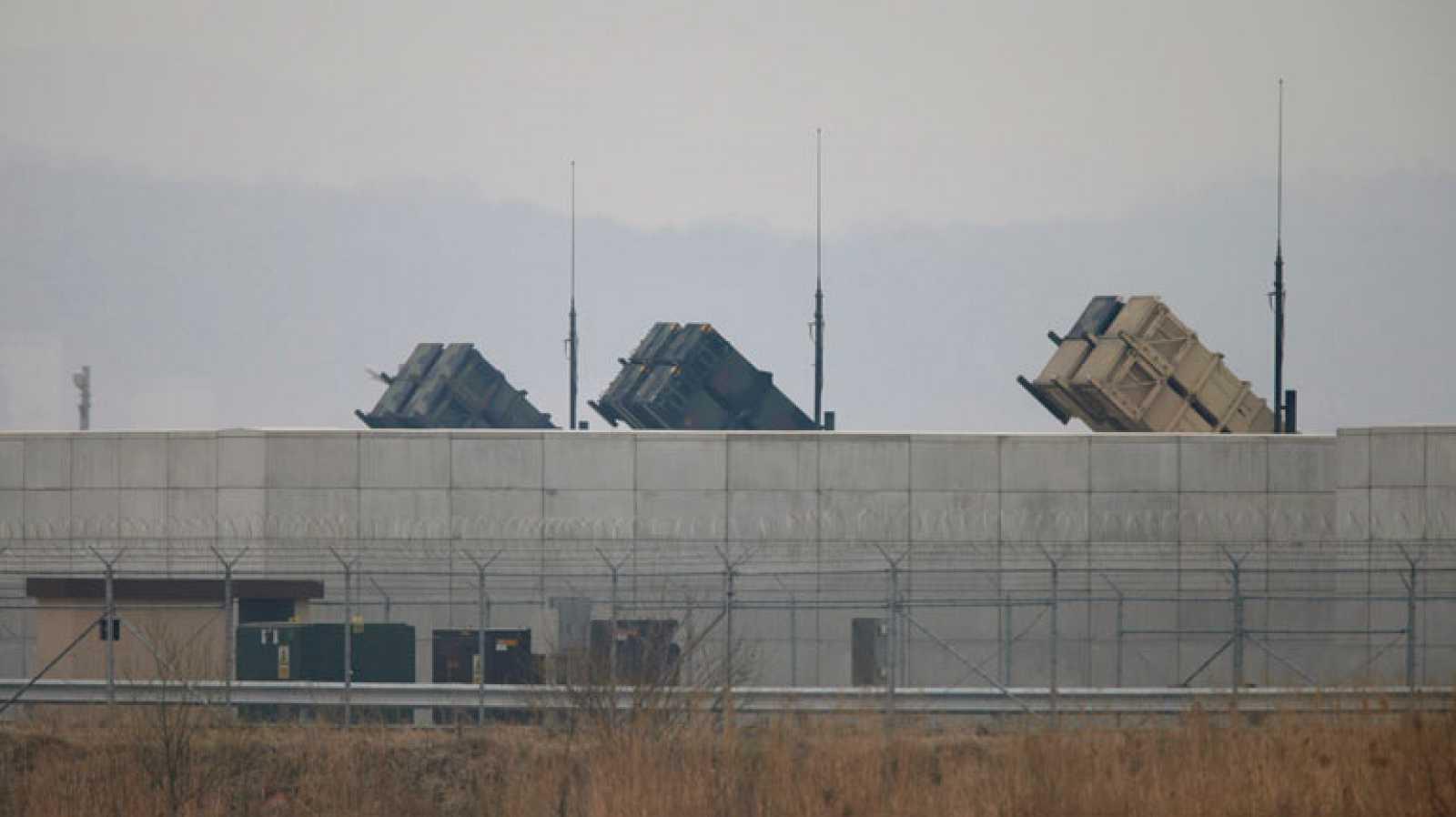 Corea del Norte recomienda evacuar las embajadas y Corea del Sur despliega sistemas antimisiles