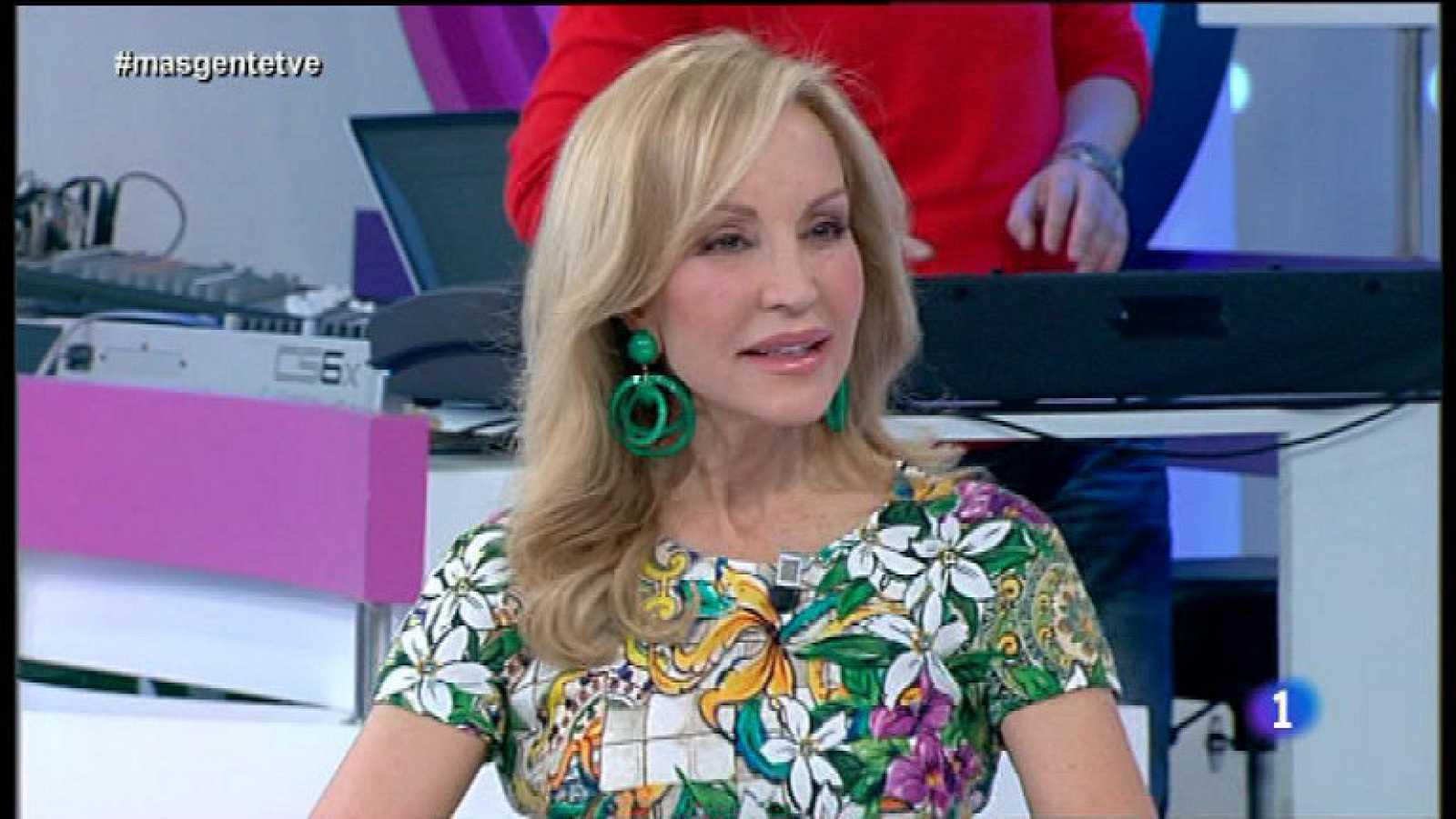 "Carmen Lomana presenta ""El glamour inteligente"""