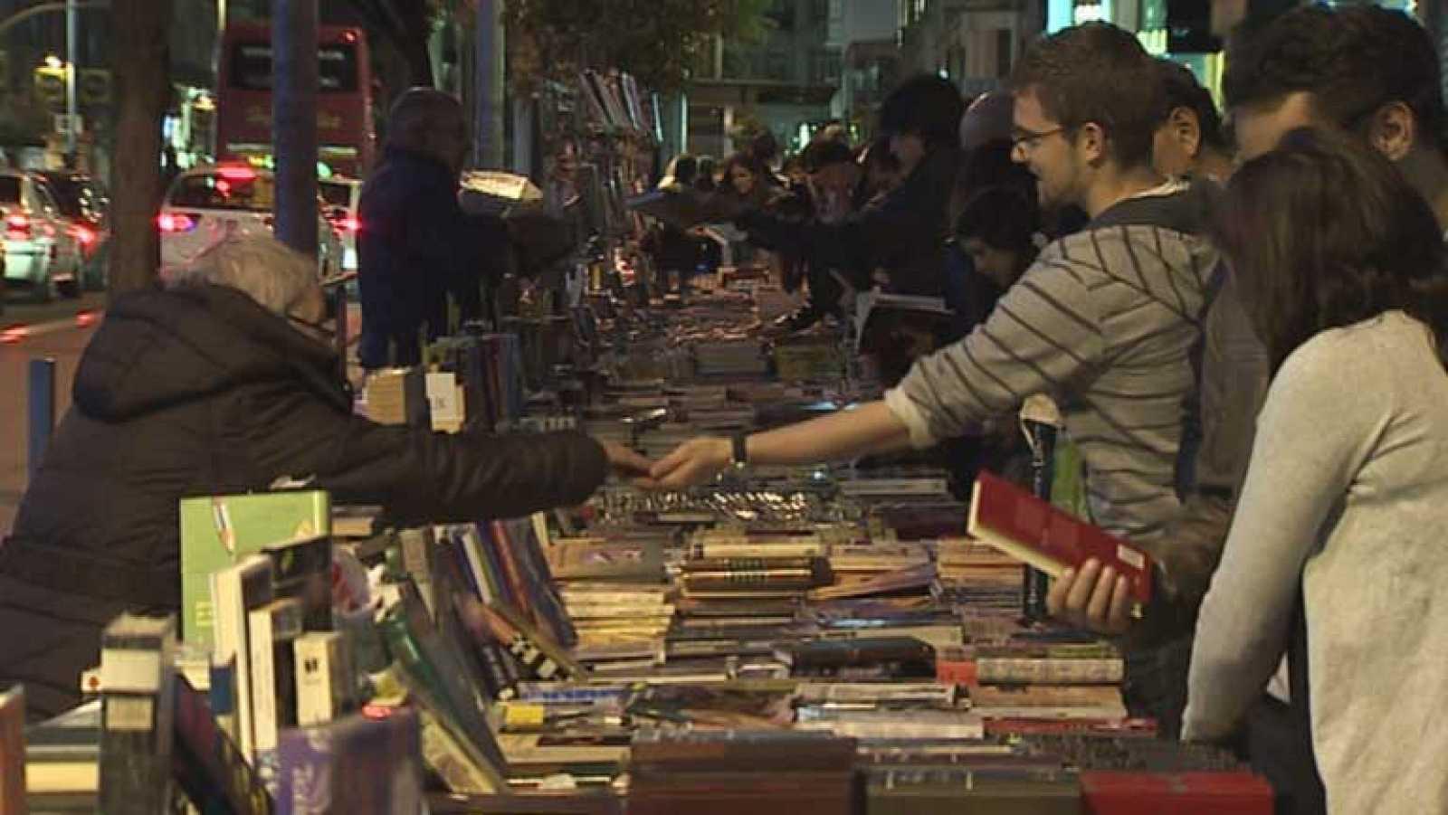 """Los libreros tienen buenas impresiones sobre las ventas en la """"Noche de libros"""""""
