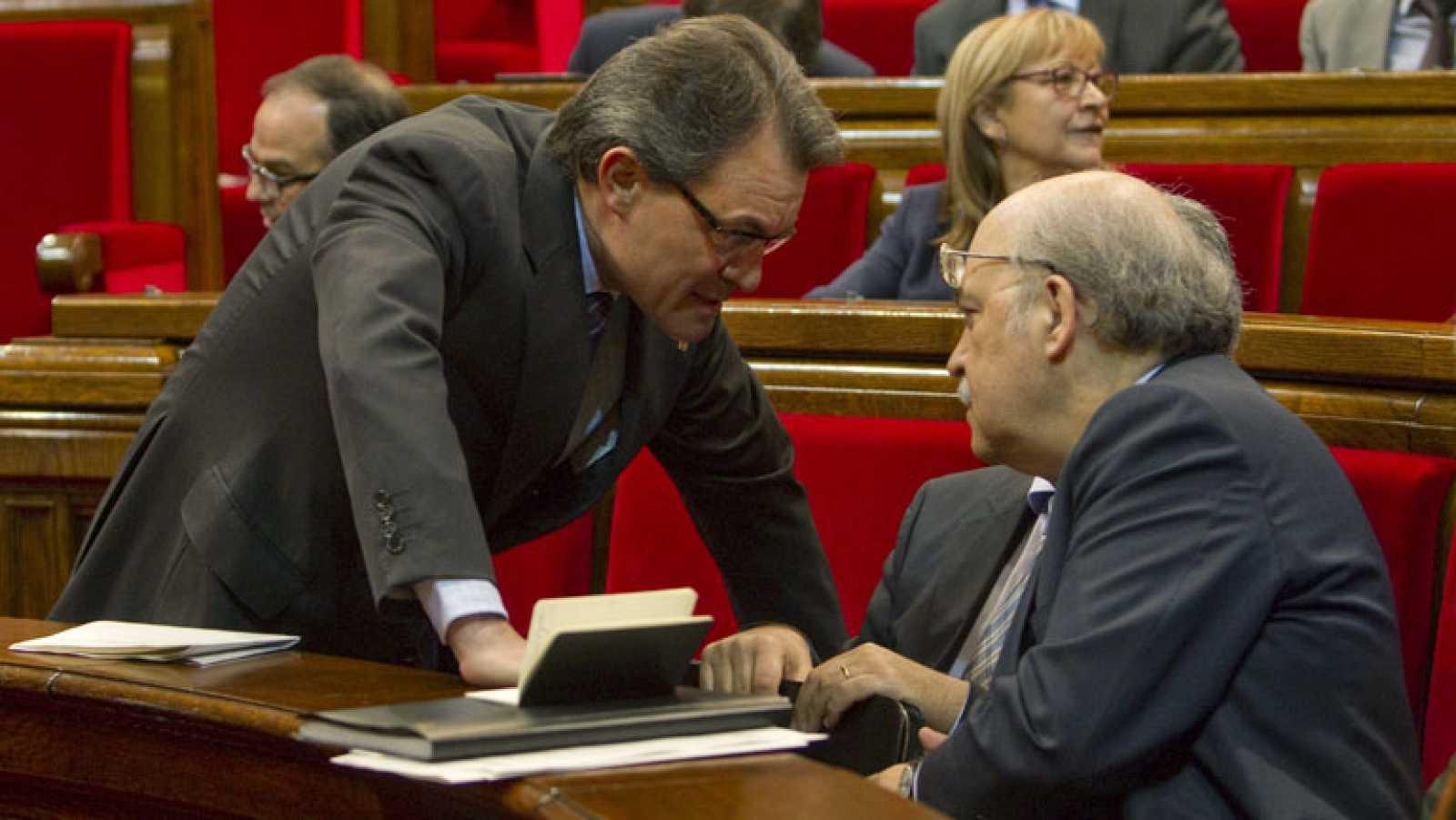 Admitido a trámite el recurso del Gobierno contra el acuerdo del Parlamento catalán