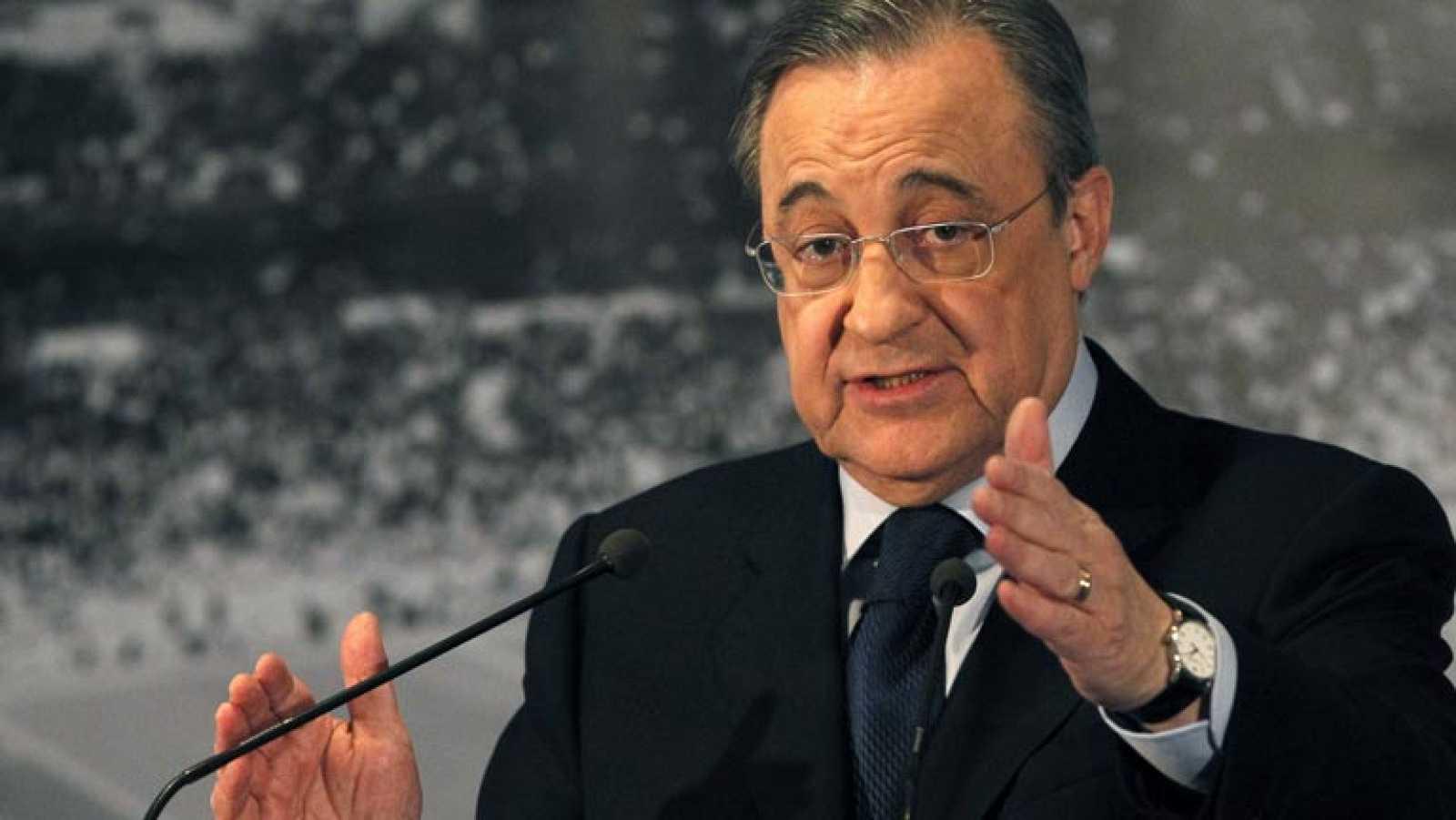Florentino Pérez anuncia la marcha de Mourinho
