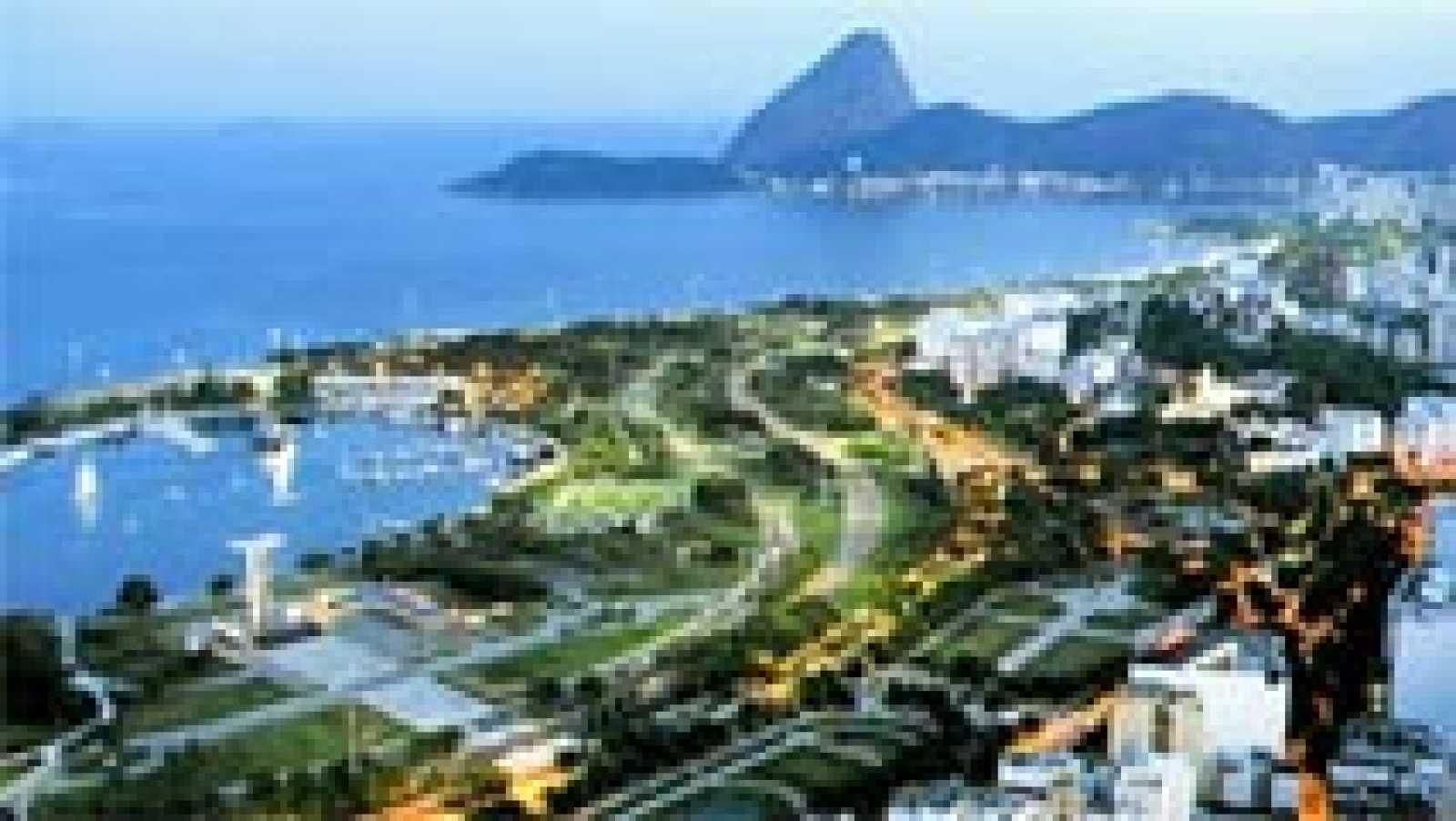 RTVE estrena esta noche en clave olímpica 'Objetivo Rio', un programa semanal que se emitirá en Teledeporte y el Canal 24 horas. Habrá atención especial a las competiciones en las que participen los atletas olímpicos becados en el programa ADO.