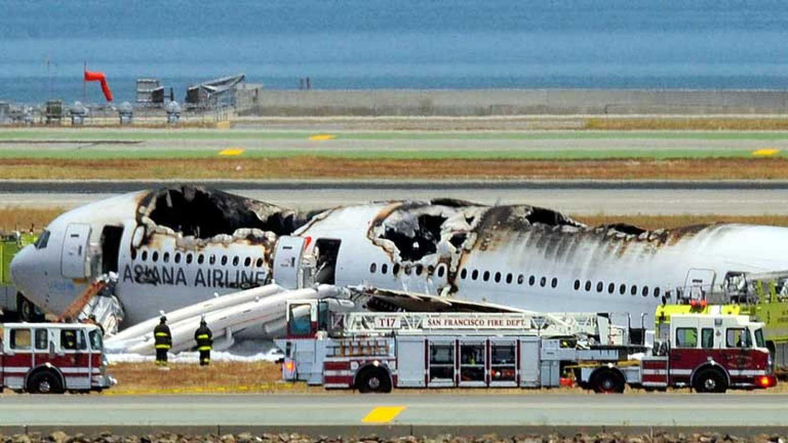 Dos muertos y numerosos heridos en el accidente del Boeing 777 en San Francisco
