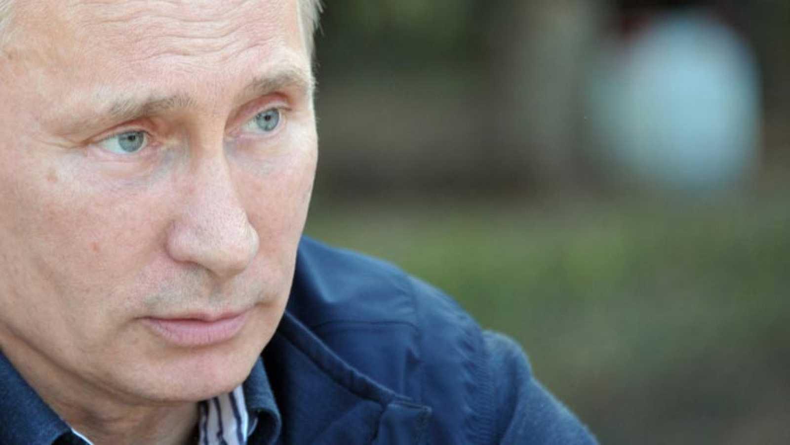 "Putin: ""EE.UU. está bloqueando a Snowden en territorio ruso"""