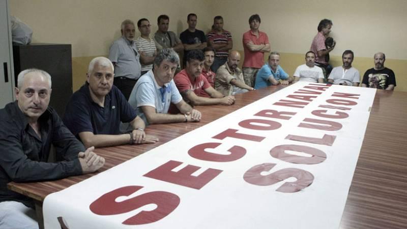 Trabajadores de astilleros y administraciones, unidos a la espera de la decisión de Bruselas