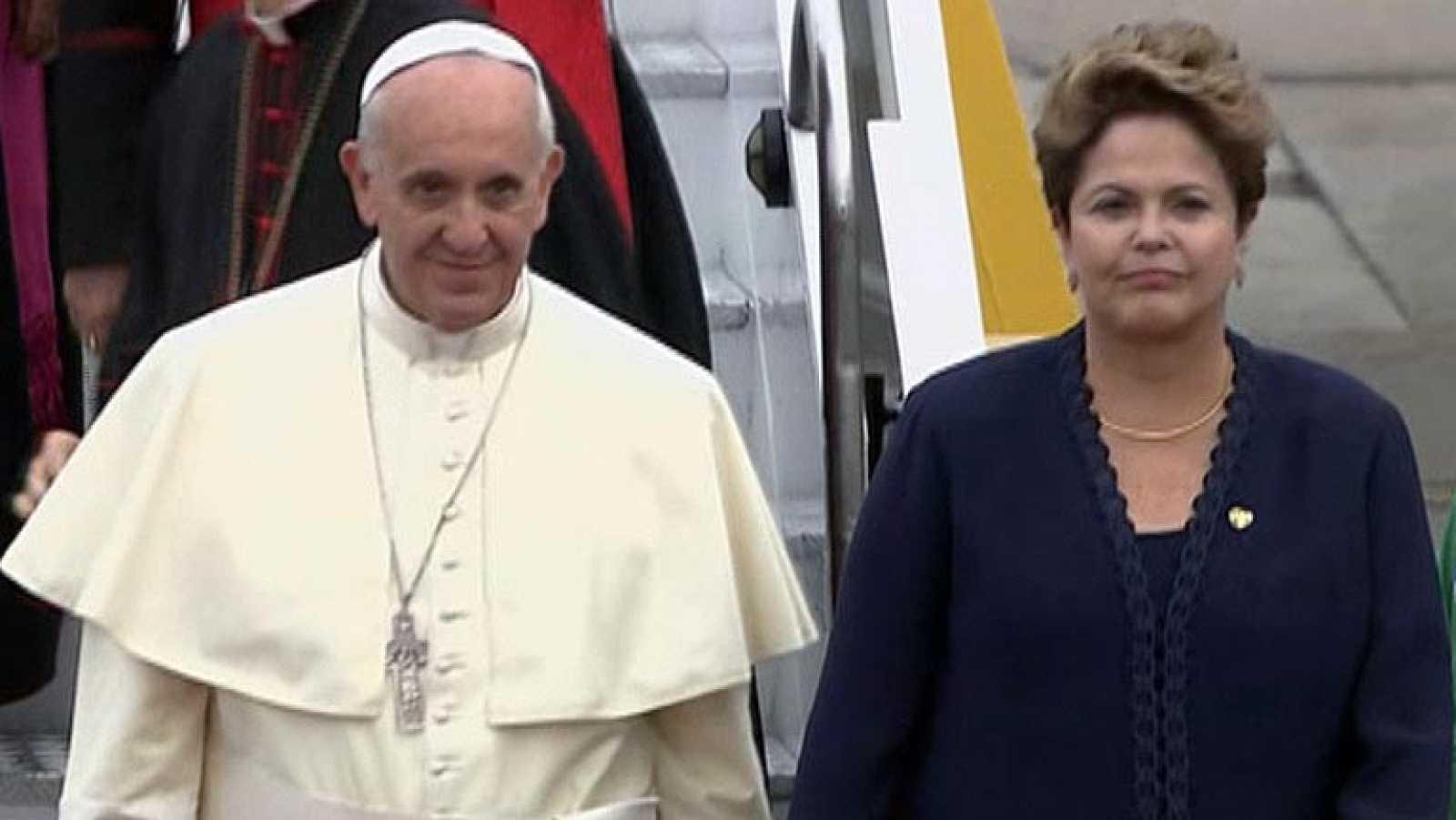 El papa Francisco llega a Brasil para celebrar la Jornada Mundial de la Juventud