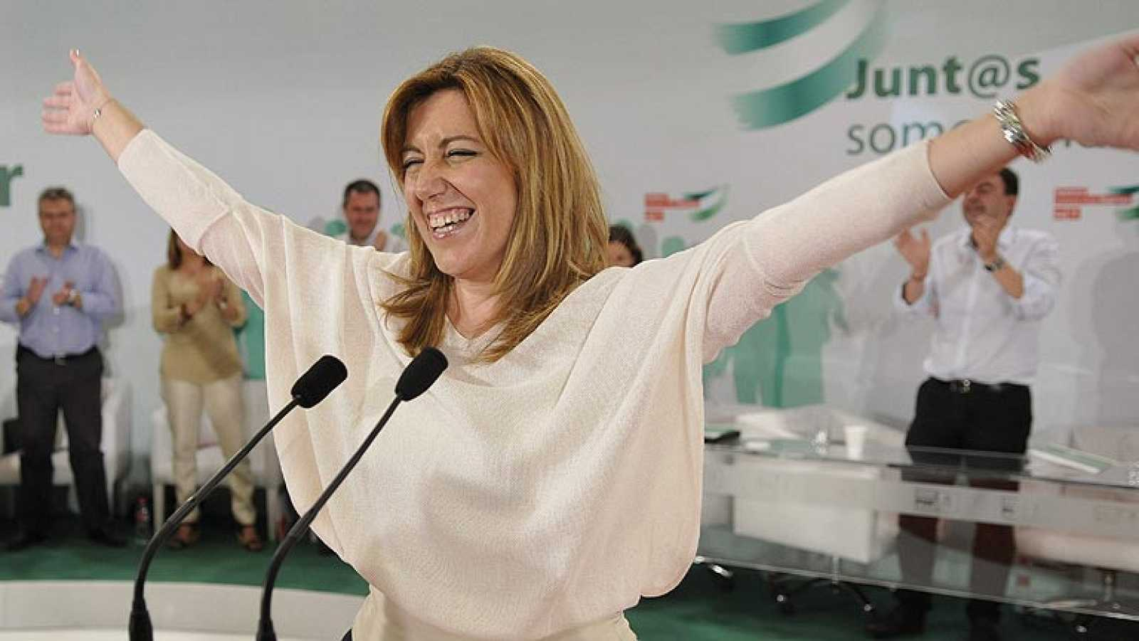 Susana Díaz se compromete a agotar la legislatura con IU en Andalucía