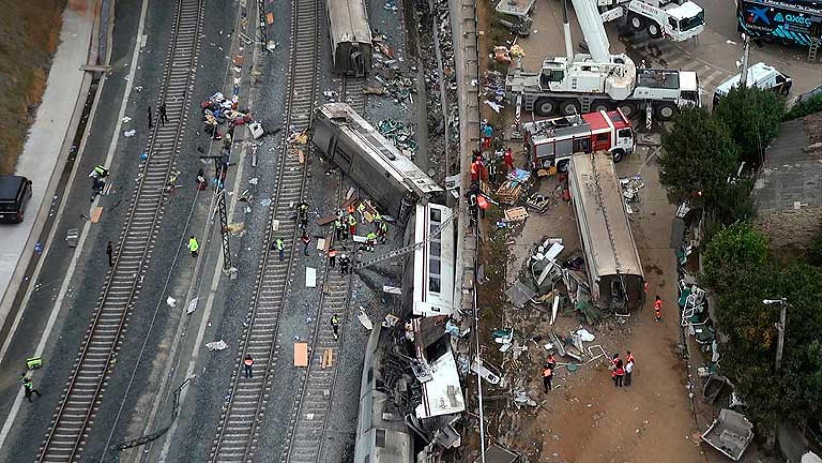 Ya está en marcha la doble investigación del accidente, la judicial y la de Fomento