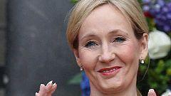Una firma de abogados indemnizará a J.K. Rowling por revelar su seudónimo