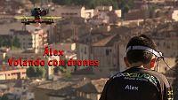 Álex, volando con drones