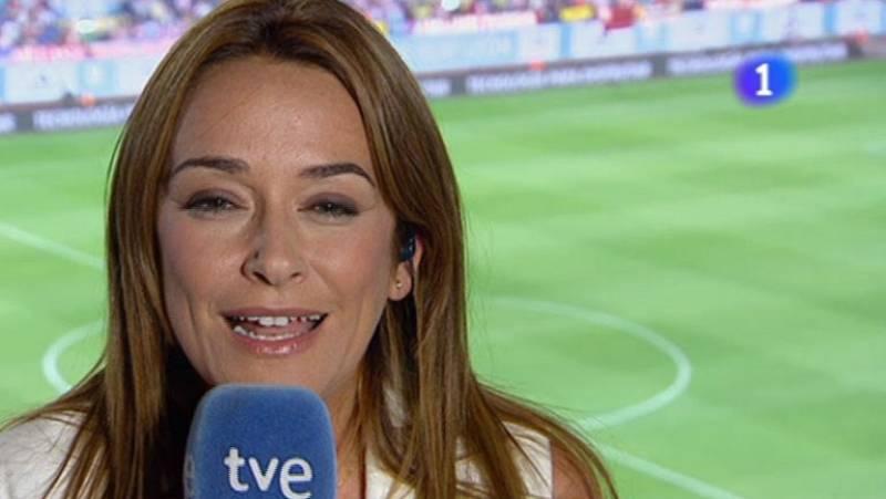 Toñi Moreno sorprende a los espectadores en el descanso del partido de la Supercopa