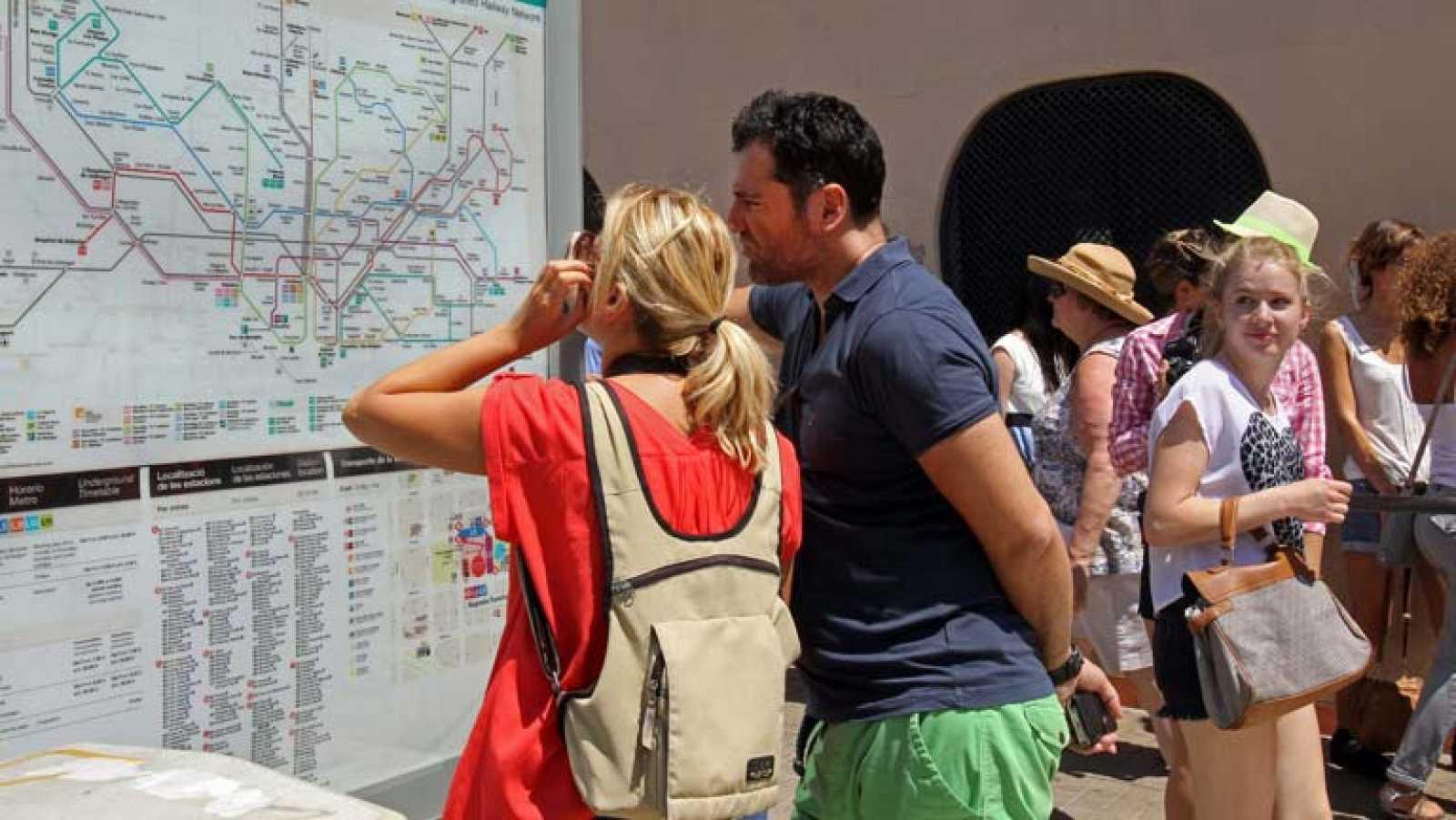 España recibe el mayor número de turistas desde 1995 y marca récord histórico en julio