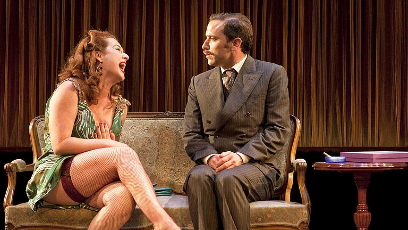 Gerardo Vera vuelve al teatro con 'Maribel y la extraña familia' - Ver ahora