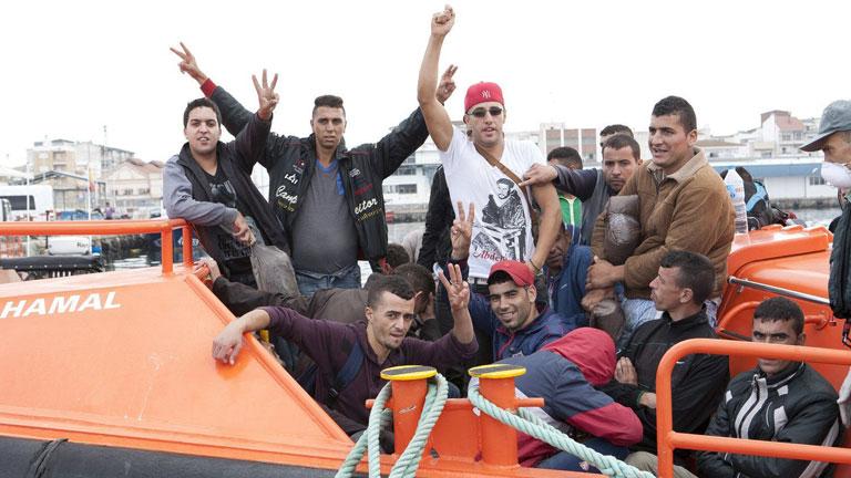 Resultado de imagen de pateras marroquíes