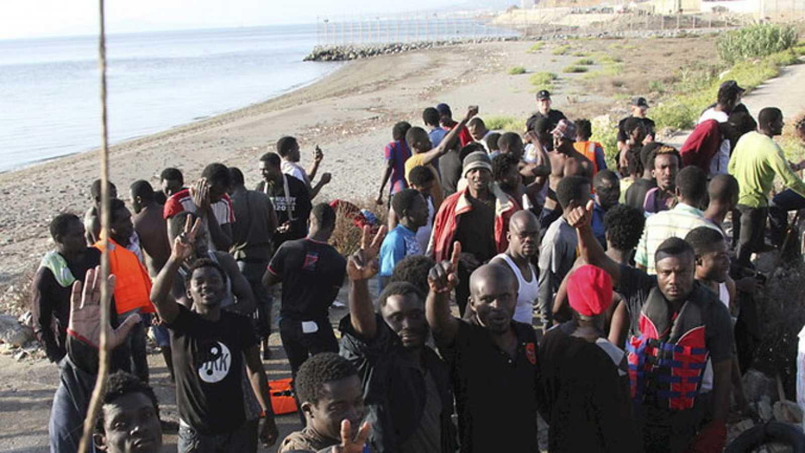 Segunda llegada masiva de inmigrantes de este mes, a Ceuta