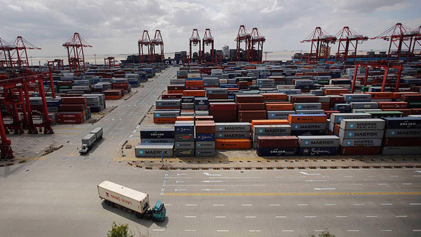 China abre la nueva zona de libre comercio en Shanghái