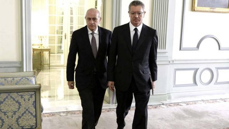Los ministros de Justicia e Interior dicen que es un día de duelo para las víctimas del terrorismo