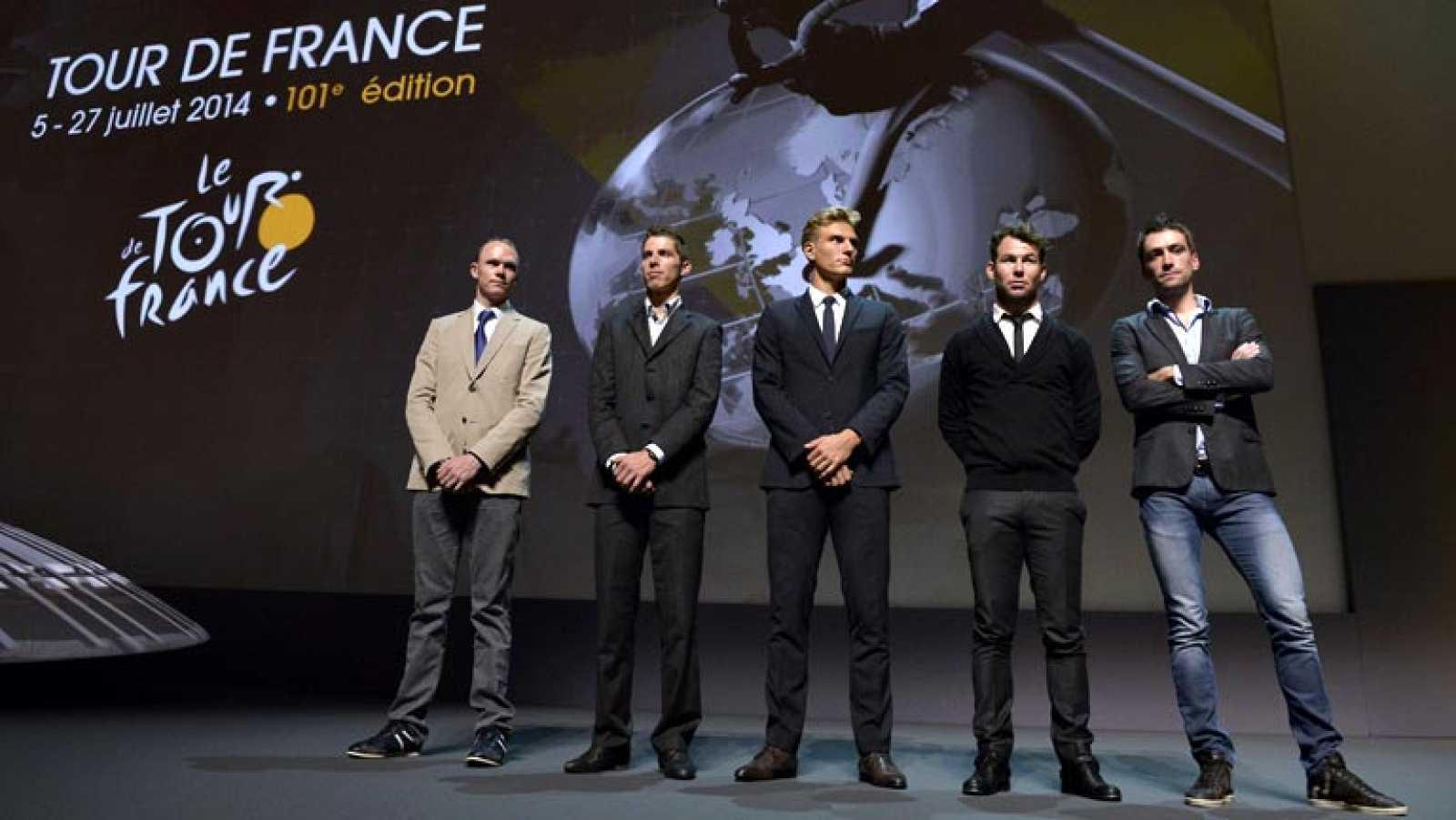 El Tour de Francia apuesta por la montaña, el terreno donde mejor se desenvuelve el colombiano Nairo Quintana, segundo de la pasada edición y que es el ciclista en mejor posición para inquietar al británico Chris Froome. Con solo 54 kilómetros contra