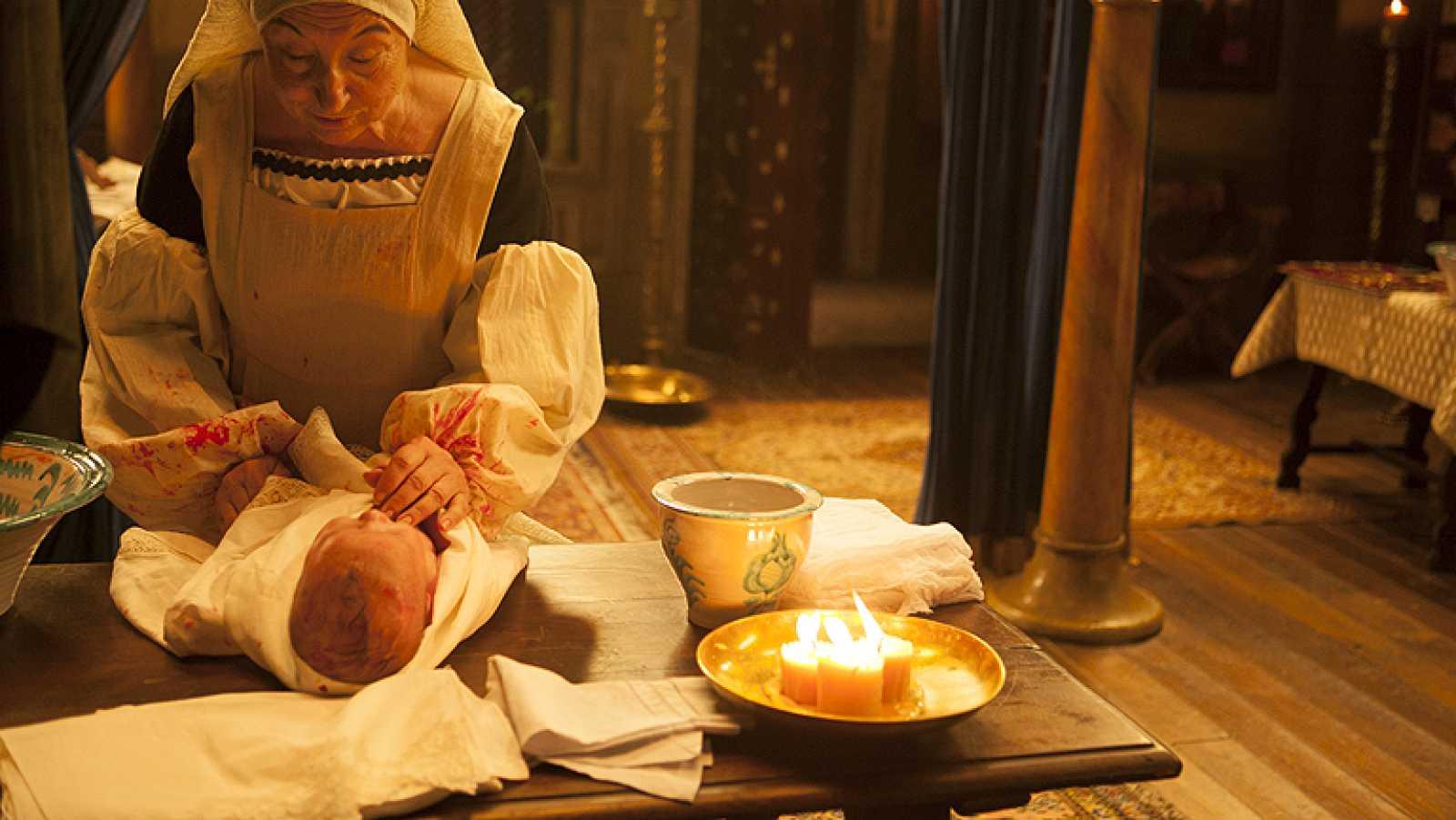 ¿Es cierto que Isabel tuvo mellizos?