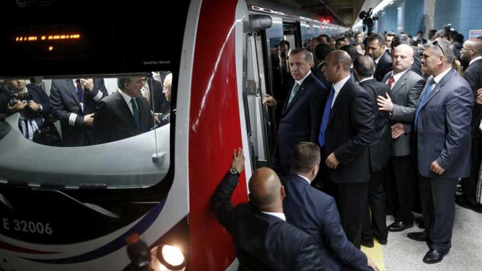 Abre el túnel subterráneo Marmaray que cruza el Bósforo