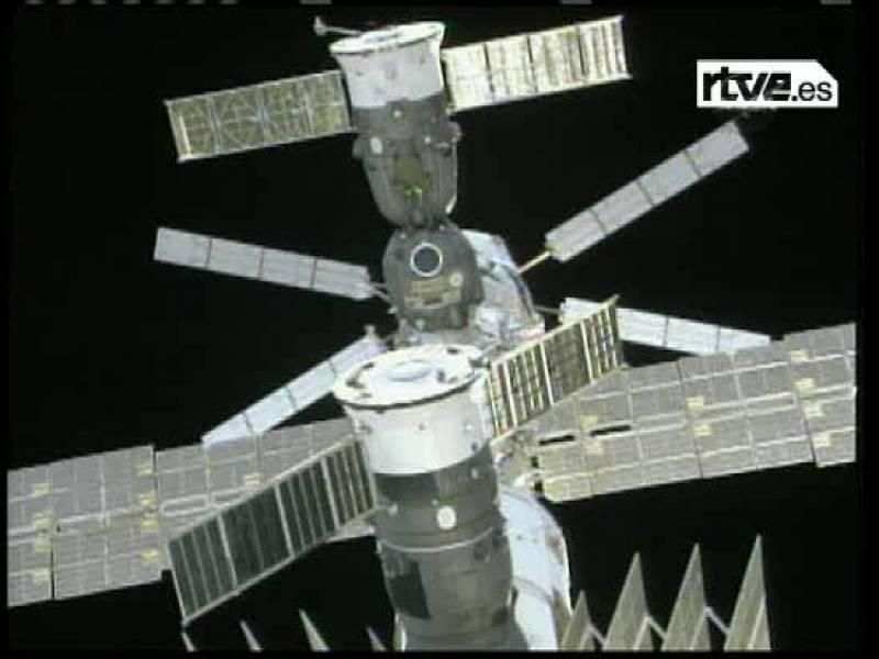 Seis horas flotando en el espacio
