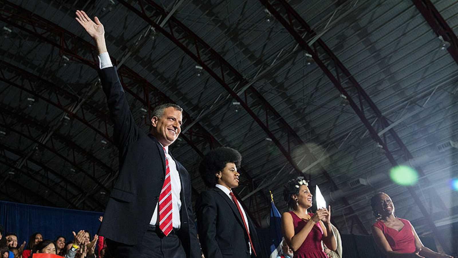 Victoria arrolladora del demócrata Bill de Blasio en las elecciones a la alcaldía de Nueva York
