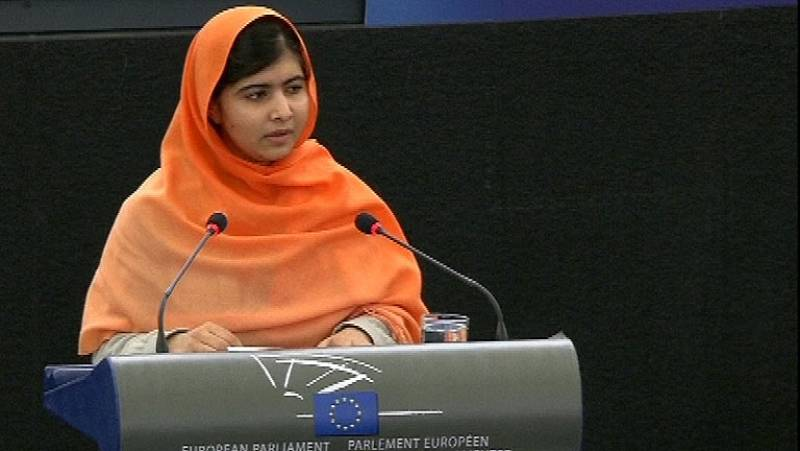 Malala dedica el premio Sajarov a los comprometidos en Pakistán y pide colaboración a la UE