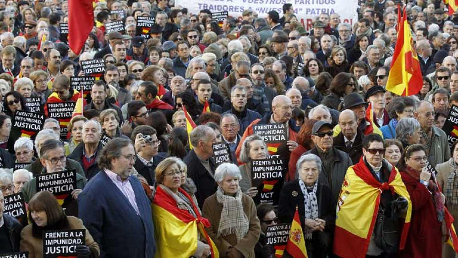 Cientos de personas se concentran en Madrid para protestar por la aplicación de la sentencia de Estrasburgo sobre la doctrina Parot
