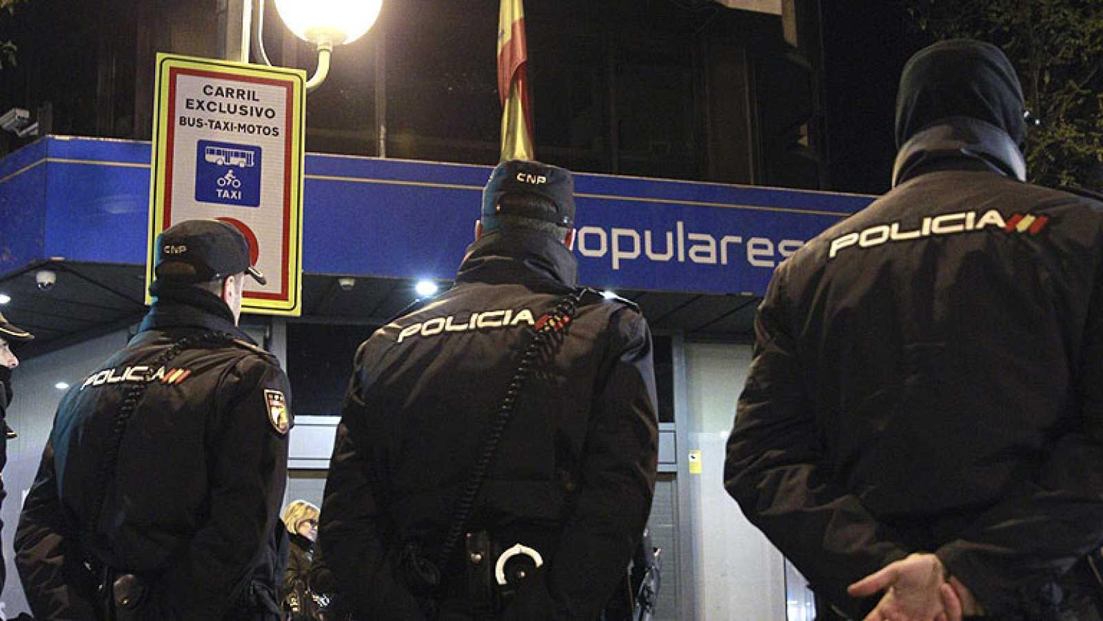 La Policía concluye la búsqueda de documentación en la sede del PP tras 14 horas