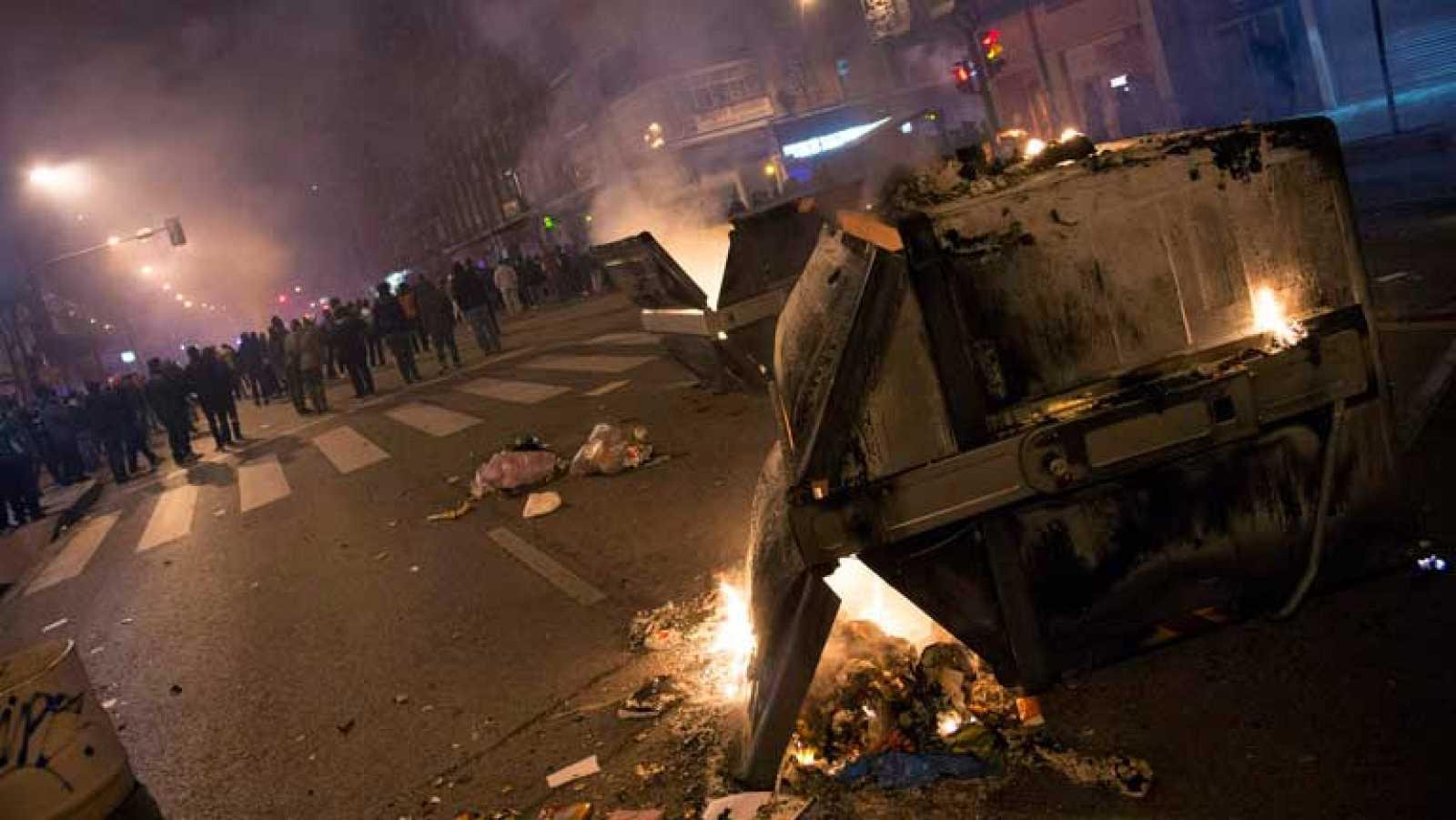 En Burgos se evalúan los daños en el mobiliario urbano tras dos noches de incidentes