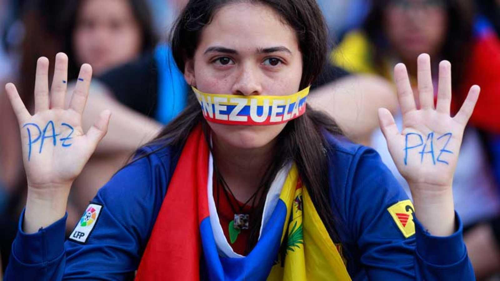 Capriles convoca una marcha por la paz