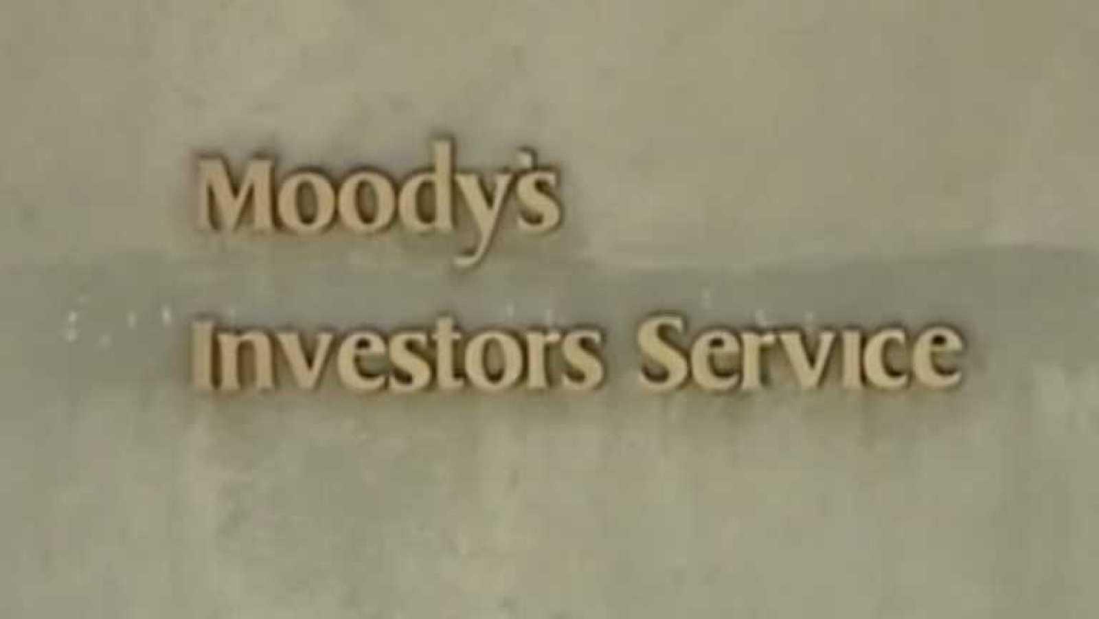Moodys mejora la calificación de la deuda española por primera vez desde 2010