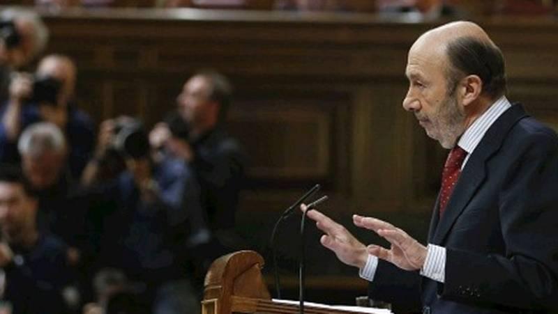 """Rubalcaba advierte a Rajoy que la recuperación llegará cuando """"devuelva derechos"""""""