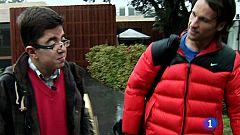 Telemaratón solidario - Síndrome de Apert: Cesar juega un partido de pádel con Carlos Moyá
