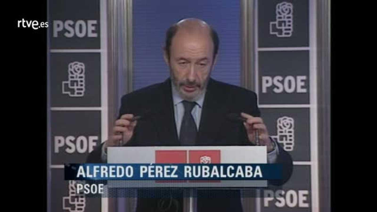 """Rubalcaba comparece durante la jornada de reflexión para exigir al Gobierno la """"verdad"""" sobre el 11M"""