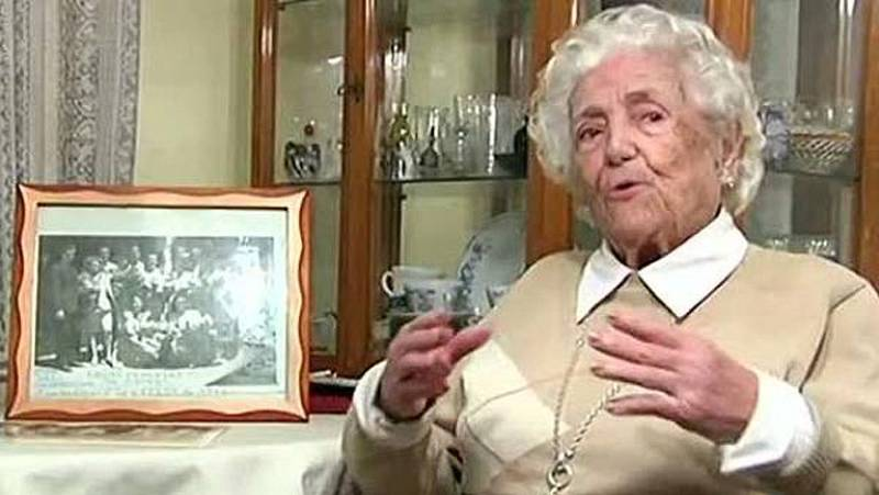 Homenaje a Encarna Hernández, pionera del baloncesto femenino