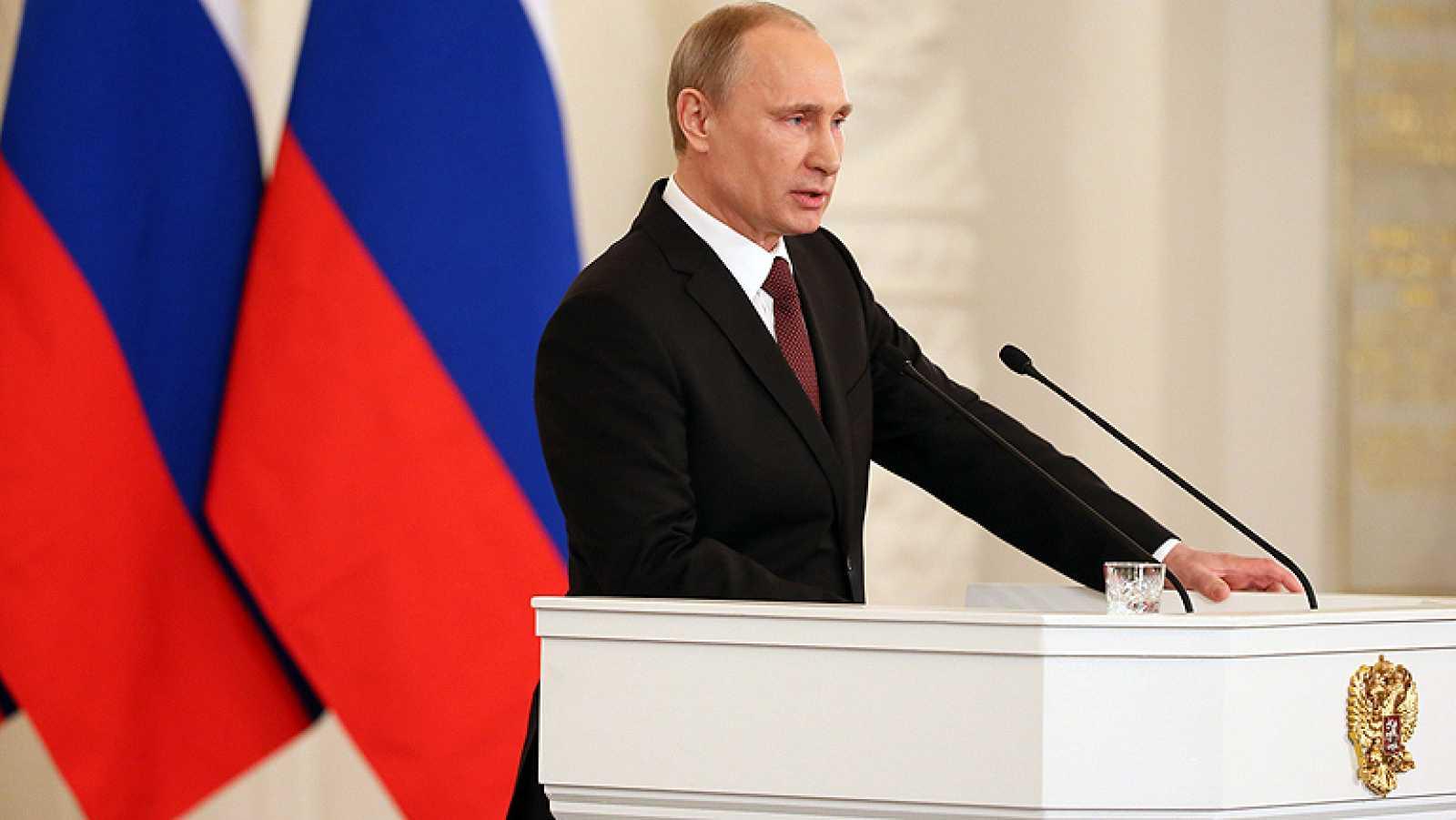 """Putin dice que """"Crimea siempre ha sido y será rusa"""""""