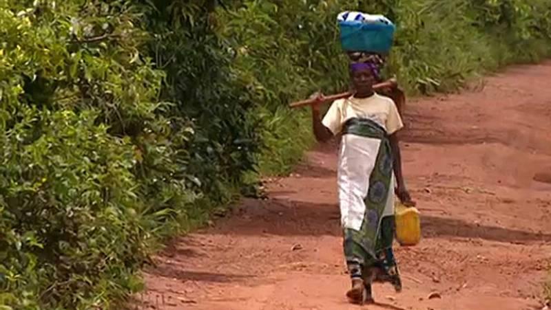 La población de Burundi recupera las marismas para los cultivos