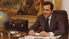 Adolfo Suárez, natural ante las cámaras antes y después del discurso
