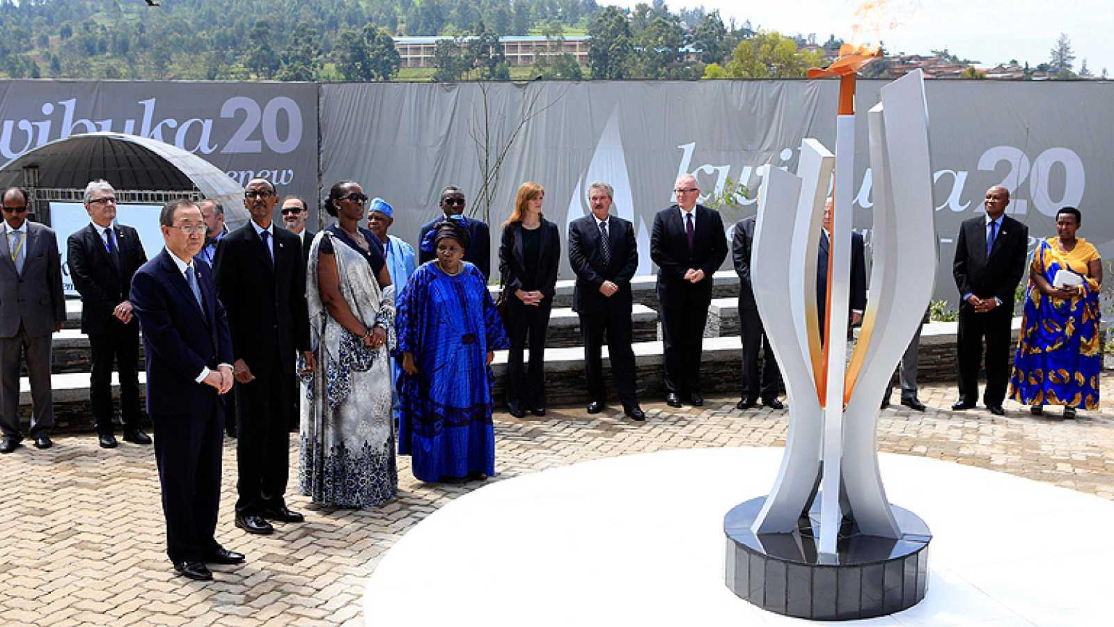 Polémica en el vigésimo aniversario del genocidio de Ruanda, en el que murieron 800.000 personas