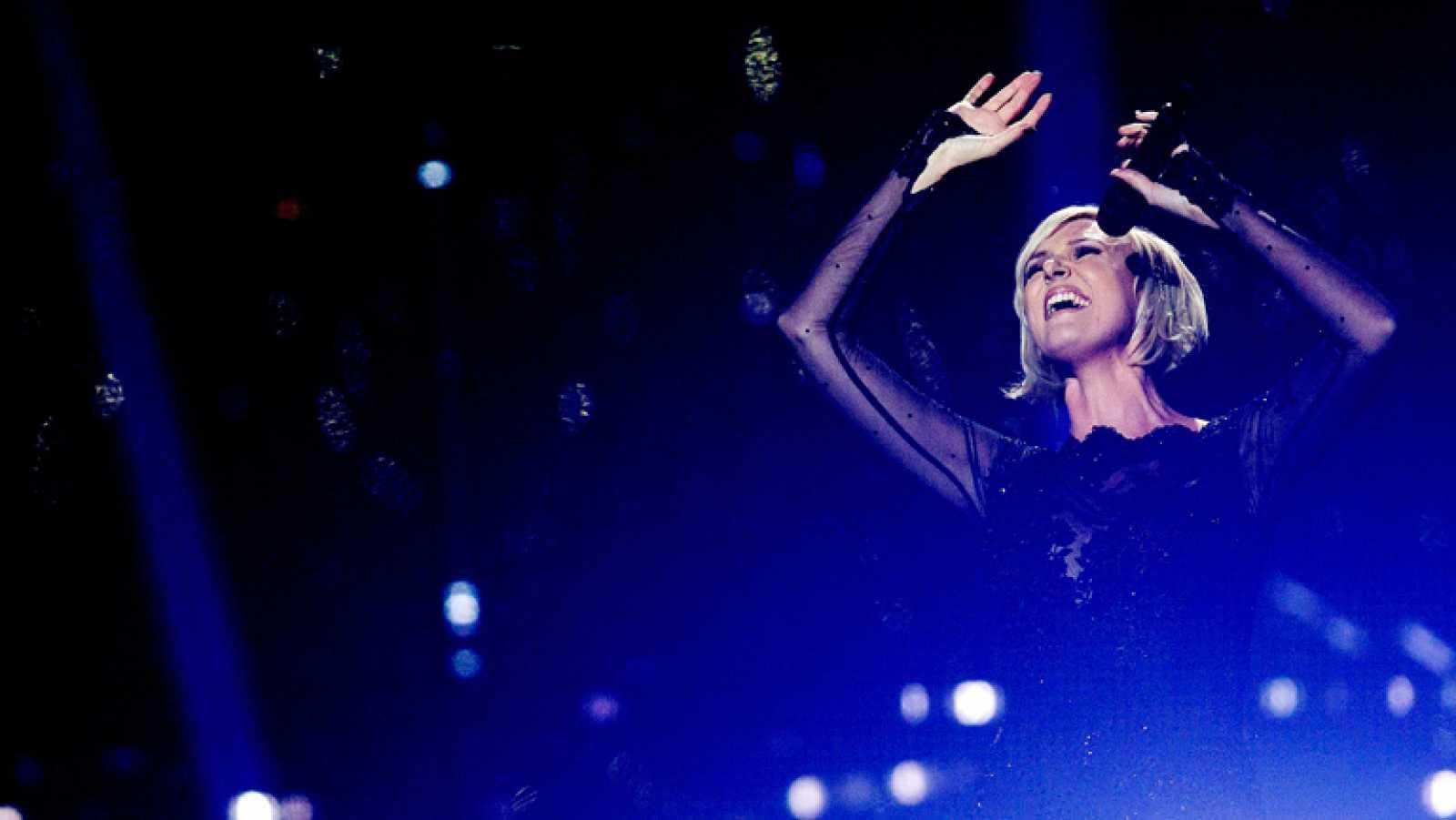 """Eurovisión 2014 - Sanna Nielsen representa a Suecia con la canción """"Undo"""""""