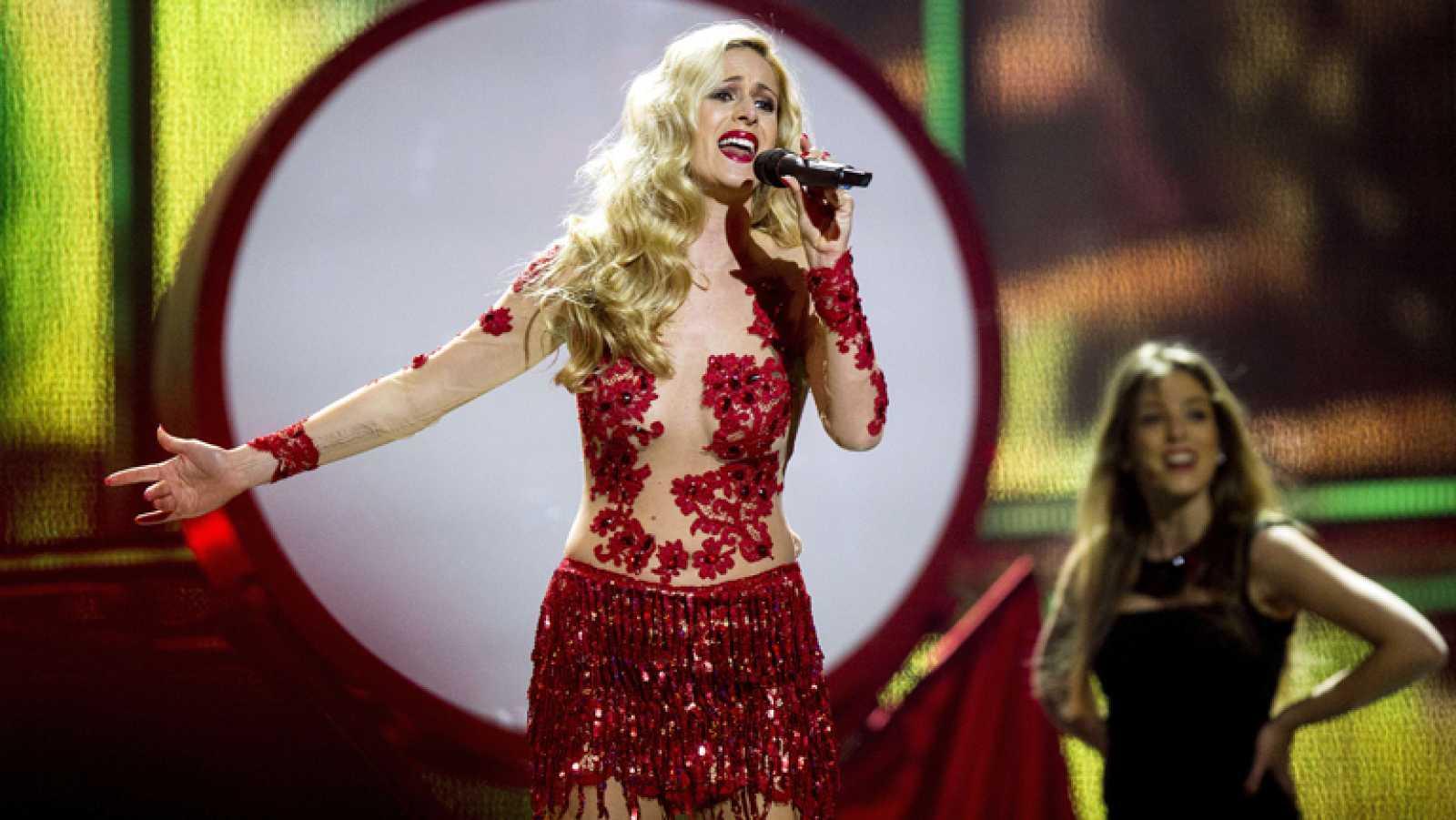 """Eurovisión 2014 - Suzy representa a Portugal con la canción """"Quero ser tua"""""""