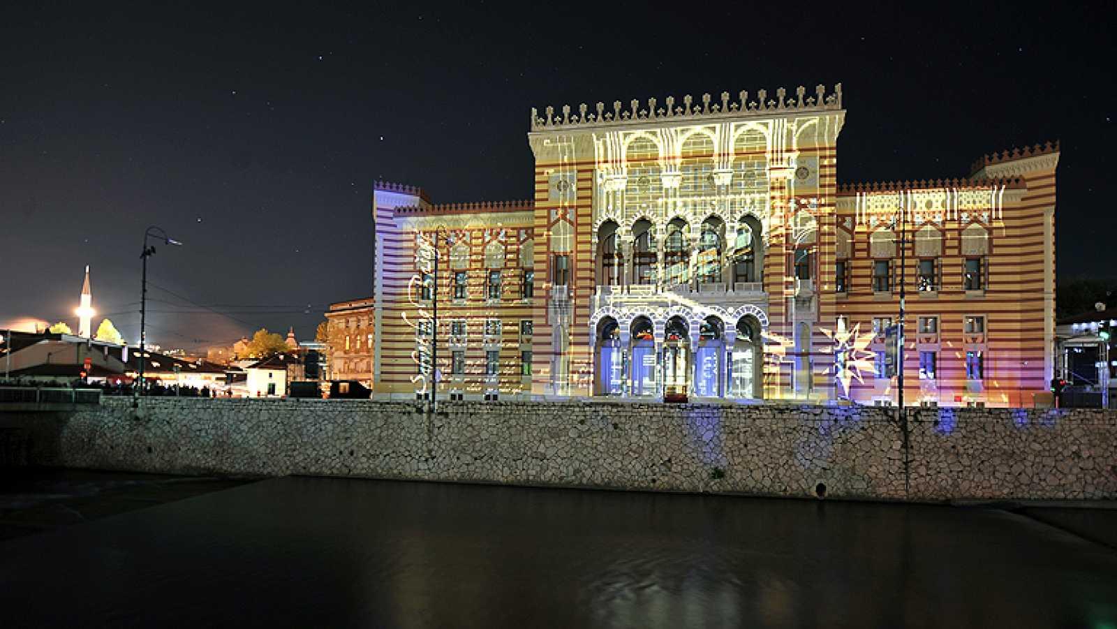 Reabre la biblioteca de Sarajevo, destruida tras la guerra