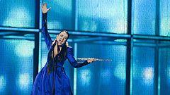 """Eurovisión 2014 - Eslovenia: Tinkara Kovac canta """"Round and round"""" en la final de Eurovisión 2014"""