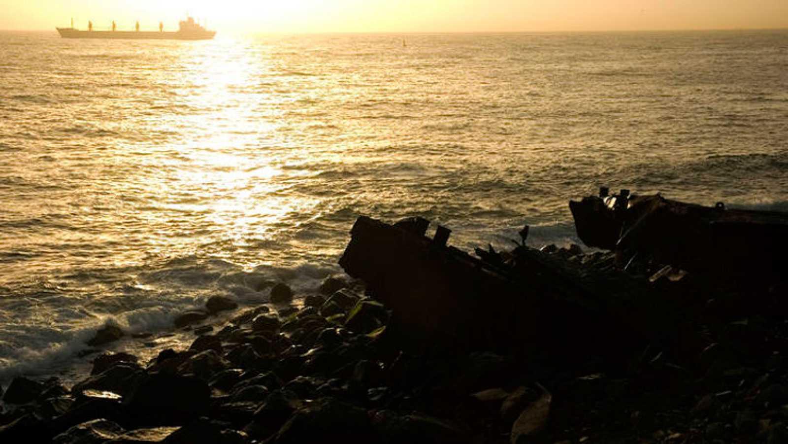 Medio Ambiente da luz verde a Repsol para realizar tres sondeos exploratorios en busca de petróleo en Canarias