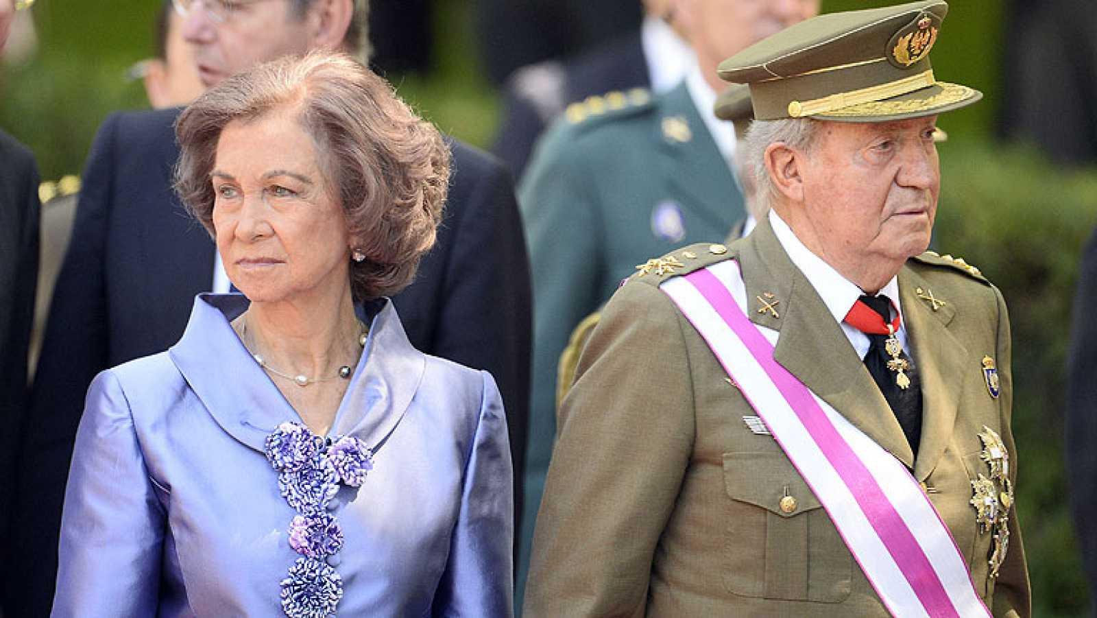 Don Juan Carlos preside el que será su último acto como rey de España
