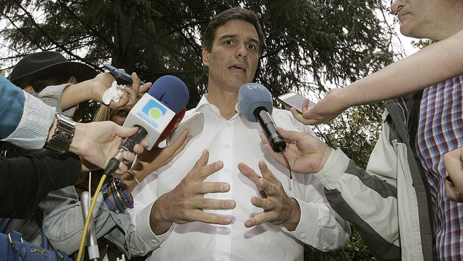 Los candidatos a la secretaría general del PSOE siguen recabando apoyos