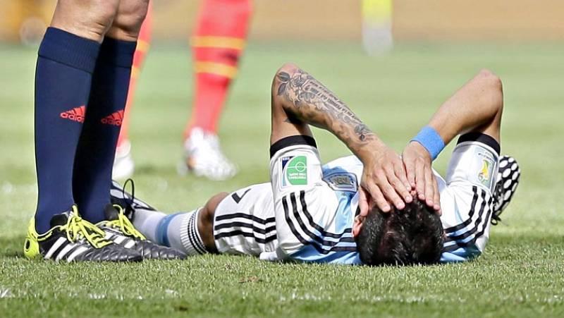 El mediapunta Ángel Di María se perderá este miércoles el partido de las semifinales del Mundial frente a Holanda a consecuencia de la lesión muscular que le obligó a abandonar el último partido antes del primer tiempo, informó hoy el médico de la se